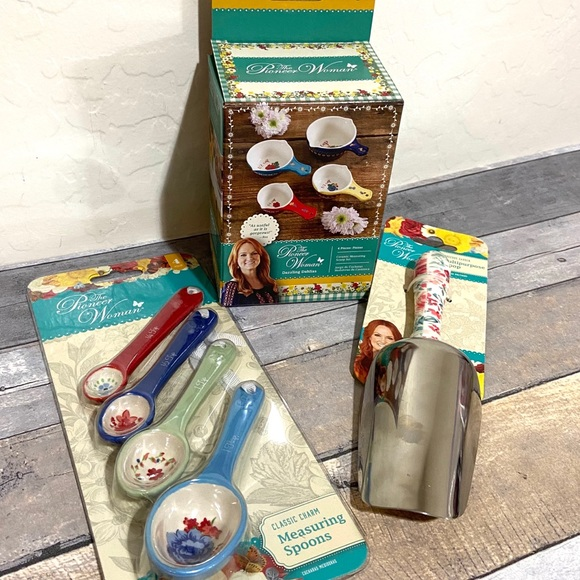 The Pioneer Woman Other - The Pioneer Woman Measuring Spoons Cups Scoop NEW